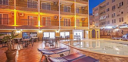 Wasa City Hotel Havuz / Deniz