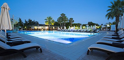 Washington Resort Hotel & Spa Havuz / Deniz