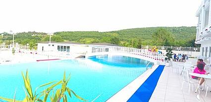 White Palace Hotel & Spa Havuz / Deniz