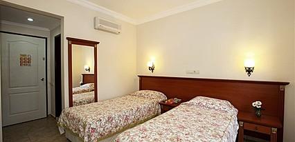 Yel Holiday Hotel Oda