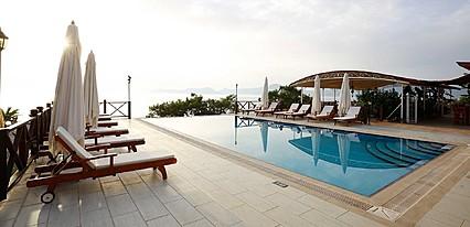 Zakros Hotel Lykia Havuz / Deniz
