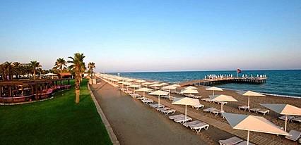 Zeynep Hotel Havuz / Deniz