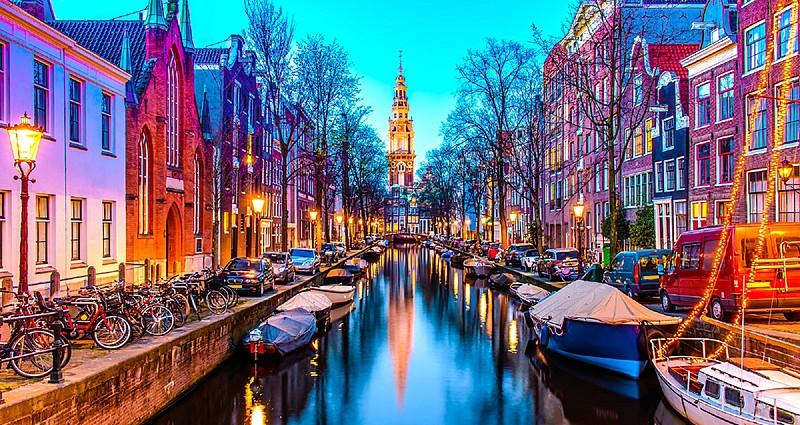 Amsterdam'da Gezip Görülecek Yerler