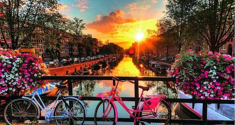 Amsterdam'da Ulaşım