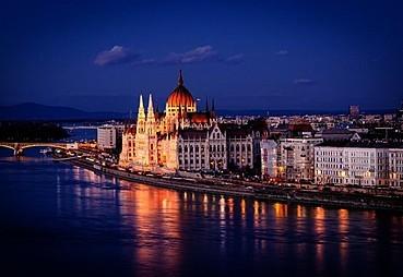 Viyana –(Bratislava)- Budapeşte