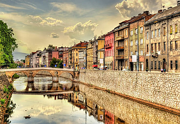 Saraybosna – Konjic – (Blagay)- Mostar –(Kravice)- Trebinje veya Çevresi (Dubrovnik)
