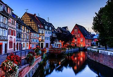 CENEVRE – BERN – (Gruyeres Turu) – (Masal Köyleri Turu: Colmar & Riquewihr) – STRASBOURG