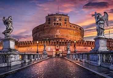 Bari(Brindisi) – Roma ( Pompei & Işıklar Altında Roma )