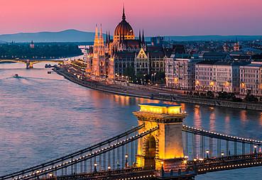 Orta Avrupa Turları Budapeşte Gidiş Dönüş