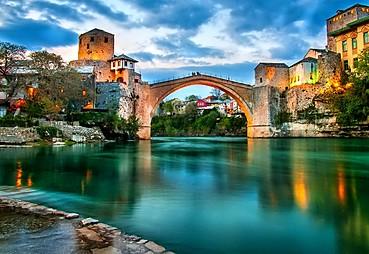 Trebinje veya Çevresi – (Kravice) – (Blagay) – Mostar – Saraybosna