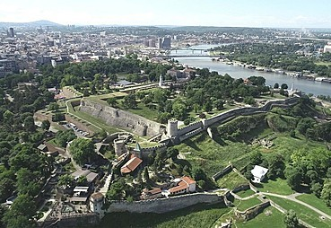 Belgrad (Novi Sad-Karlofça-Fashion Park)